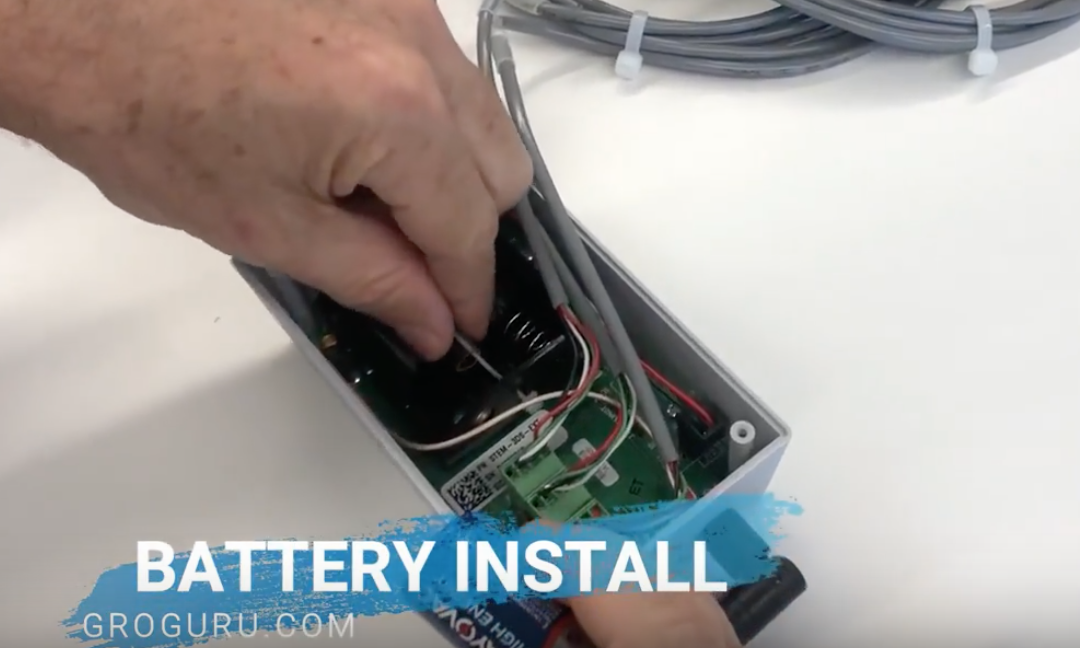 Installing the GroGuru Battery